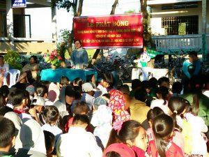 Cô Nguyễn Thị Mỹ Hạnh đại diện nhà trường tổng kết buổi tuyên truyền