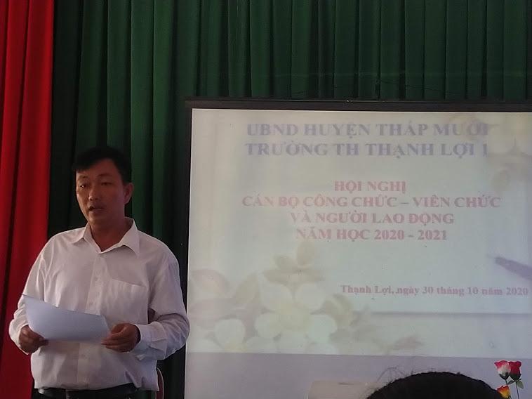 Thầy trần Hữu Phước - Chủ tich jCĐCS trưởng TH Thạnh Lợi 1
